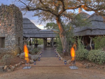 11 Rhulani entrance area