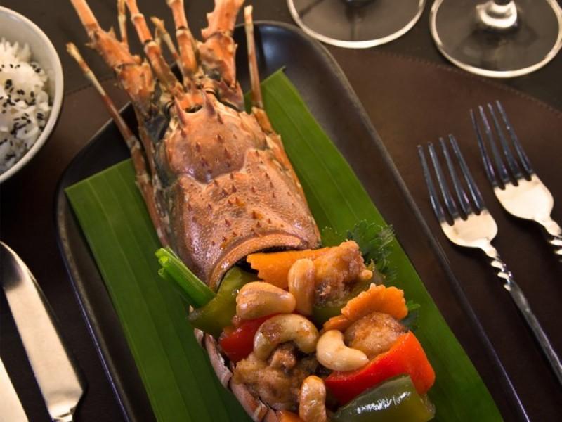 Anantara Phuket Villas -La_Sala_Phuket_Lobster