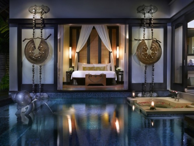 Anantara Phuket Villas Pool_Villa_at_night