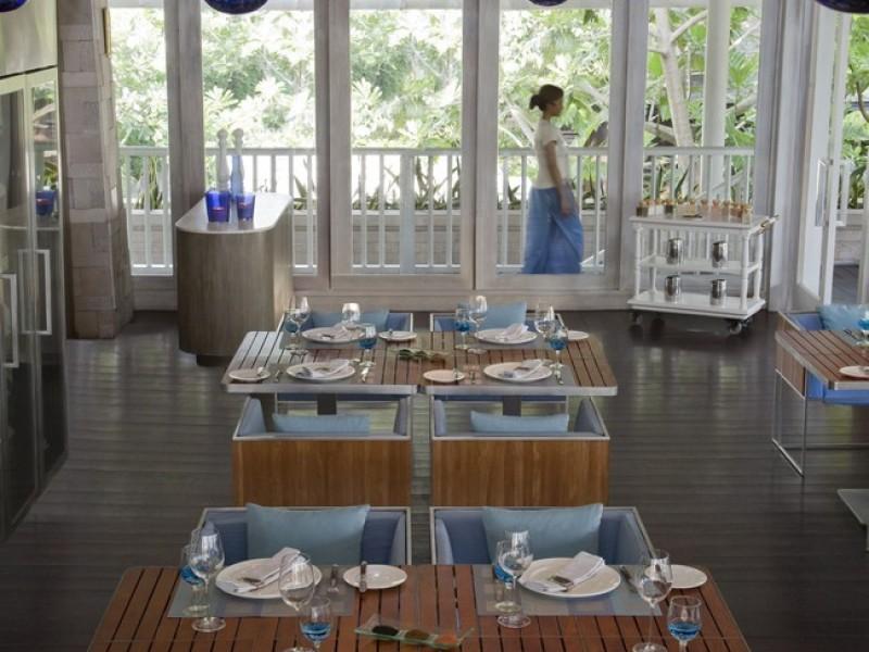 Anantara Phuket Villas -Sea_Fire_Salt_Interior