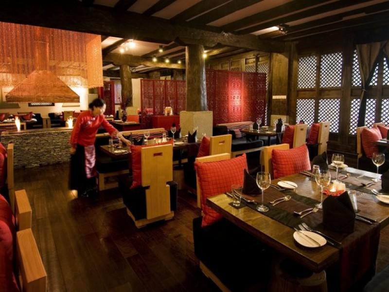 Banyan Tree Ringha -Llamo_Restaurant