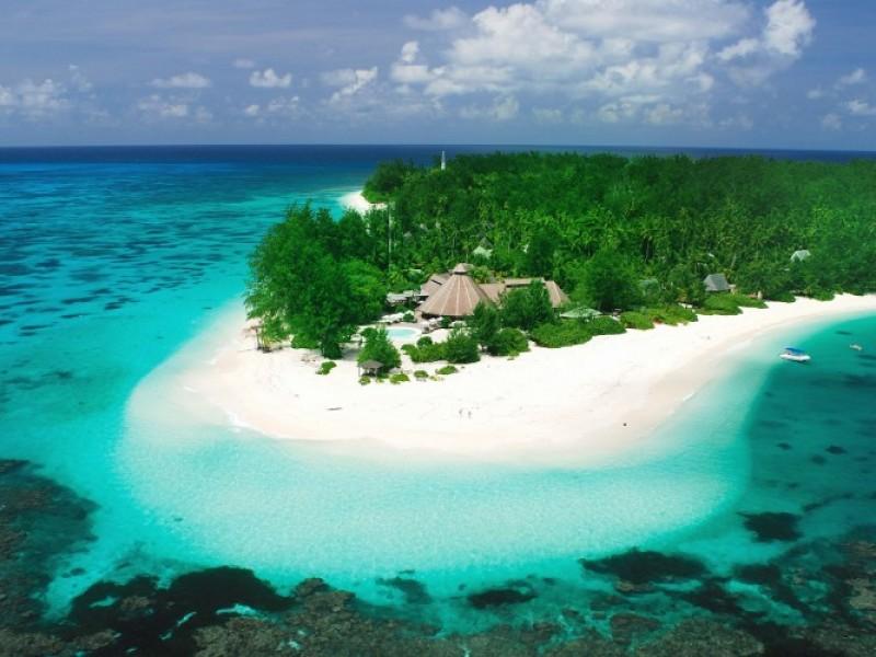 Denis Private Island 3