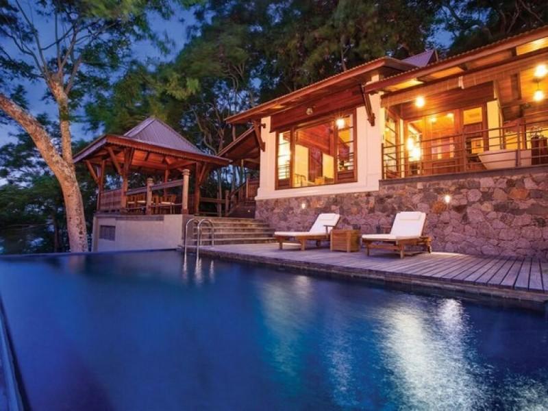 Enchanted Island Resort  4
