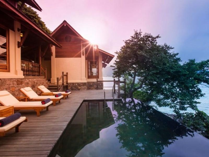 Enchanted Island Resort  5