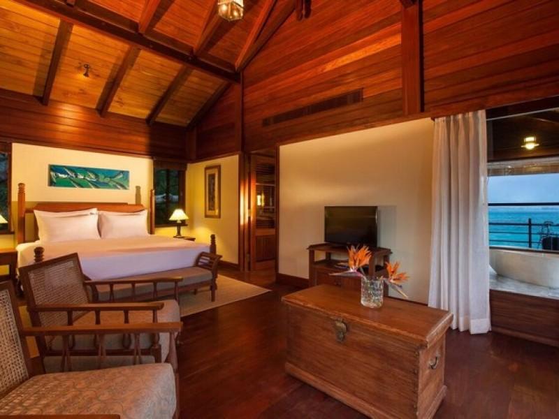 Enchanted Island Resort  9