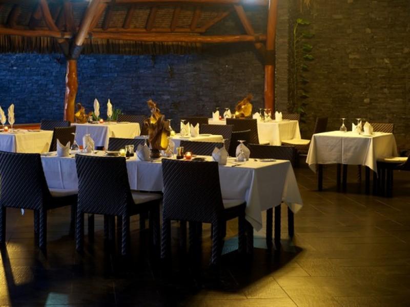HUH Maitai Bar Restaurant