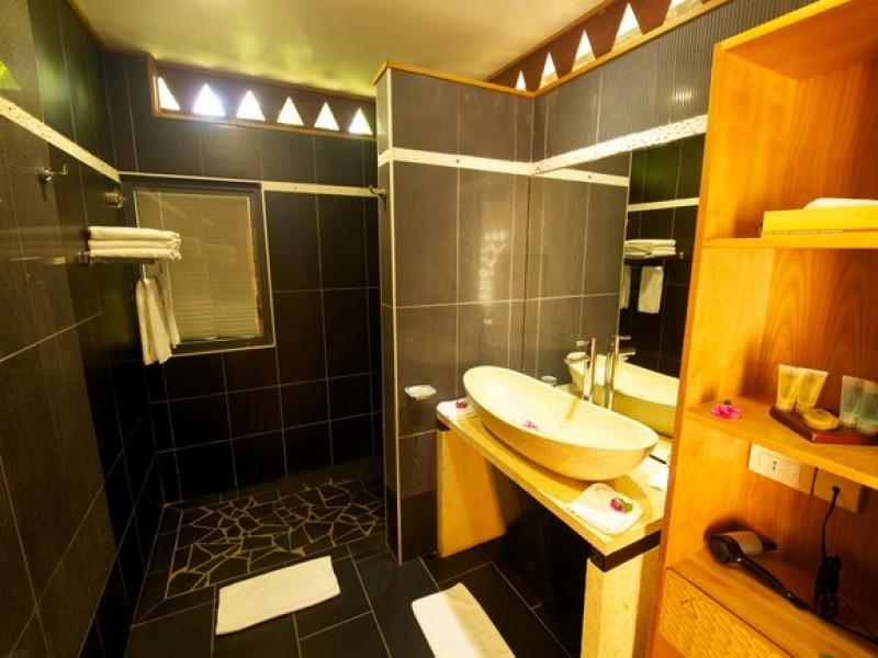 HUH Maitai Bathroom