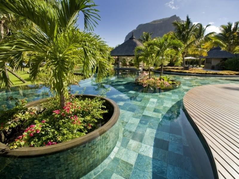 LUX LE MORNE Mauritius 5