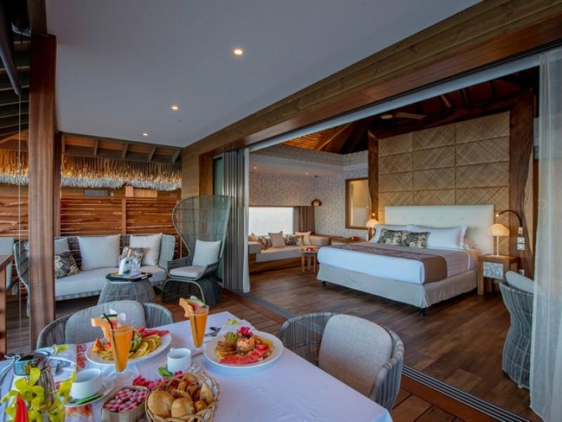 PPT Intercontinental Tahiti Motu Overwater Villa Bedroom_2