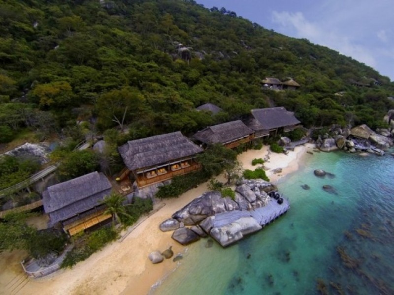 Six Senses Hideaway Ninh Van Bay Aerial_view_with_Dining_on_the_Jett