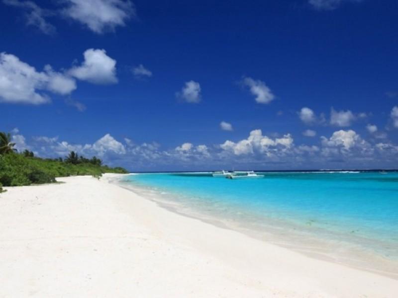 Six_Senses_Laamu Beach