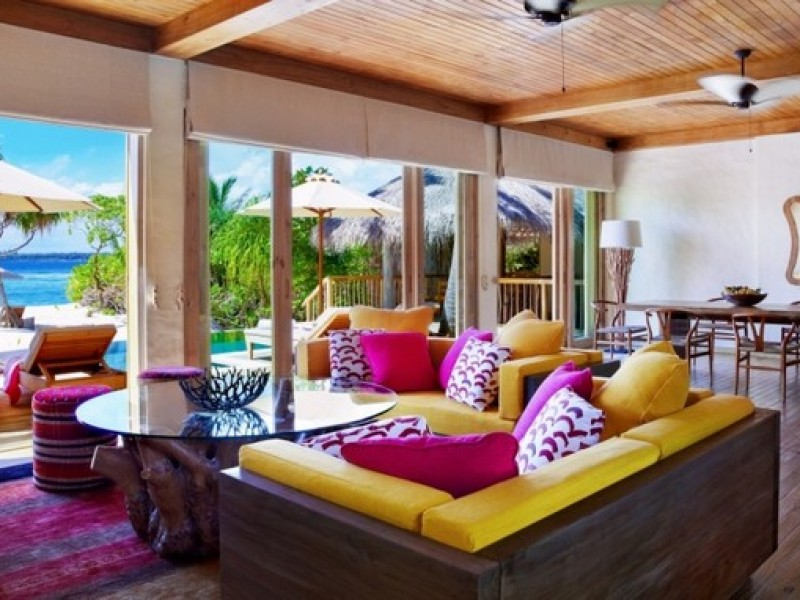Six_Senses_LaamuTwo_Bedroom_Ocean_Beach_Villa_with_Pool_living_room