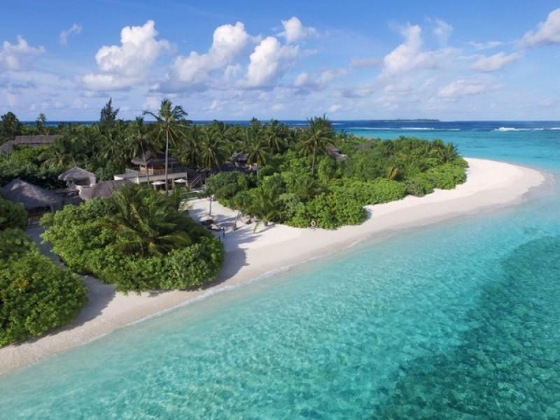 Six_Senses_Laamu_Two_Bedroom_Ocean_Beach_Villa_Lagoon_Aerial_vie