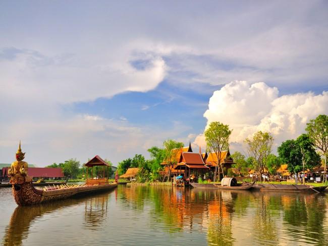 (Thailand) shutterstock_81897541