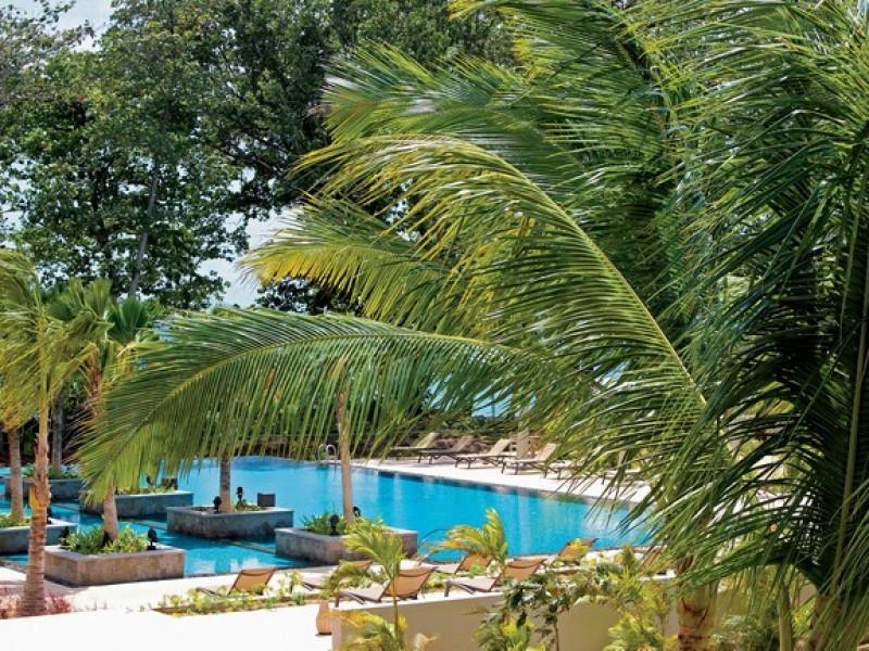 The H Resort Beau Vallon Beach 11